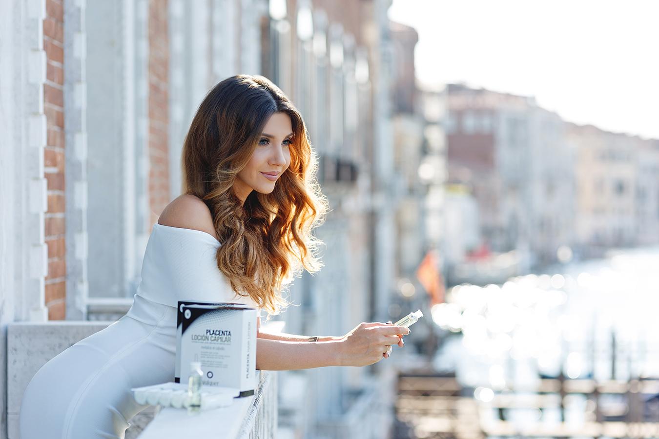 Venetian balcony – Larisa Costea