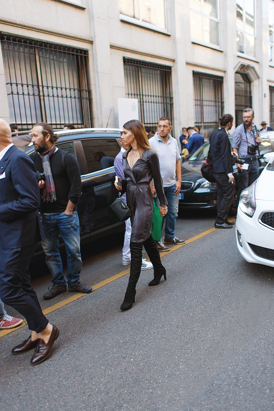 larisa costea, larisa costea blog, the mysterious girl, the mysterious girl blog, fashion blog, blogger, fashion, fashionista, it girl, travel blog, travel, traveler, ootd, lotd, outfit inspiration,look of the day,outfit of the day,what to wear,duomo, duomo di milano, milano,milan,milan fashion week,mfw,mfw ss 17,spring summer, pandora,pandora jewelry, fall collection,unique as we are, pandora romania, the look of you, rochie laura hincu,laura hincu, silk essentials, silk dress,grey dress,robe dress, kimono dress,richmond fashion show,milan fashion week,street style, fall outfit, chokers,miss mary a little,kurt geiger,over the knee boots,givenchy,givenchy bag,antigona, luisa via roma,online shop, shopping