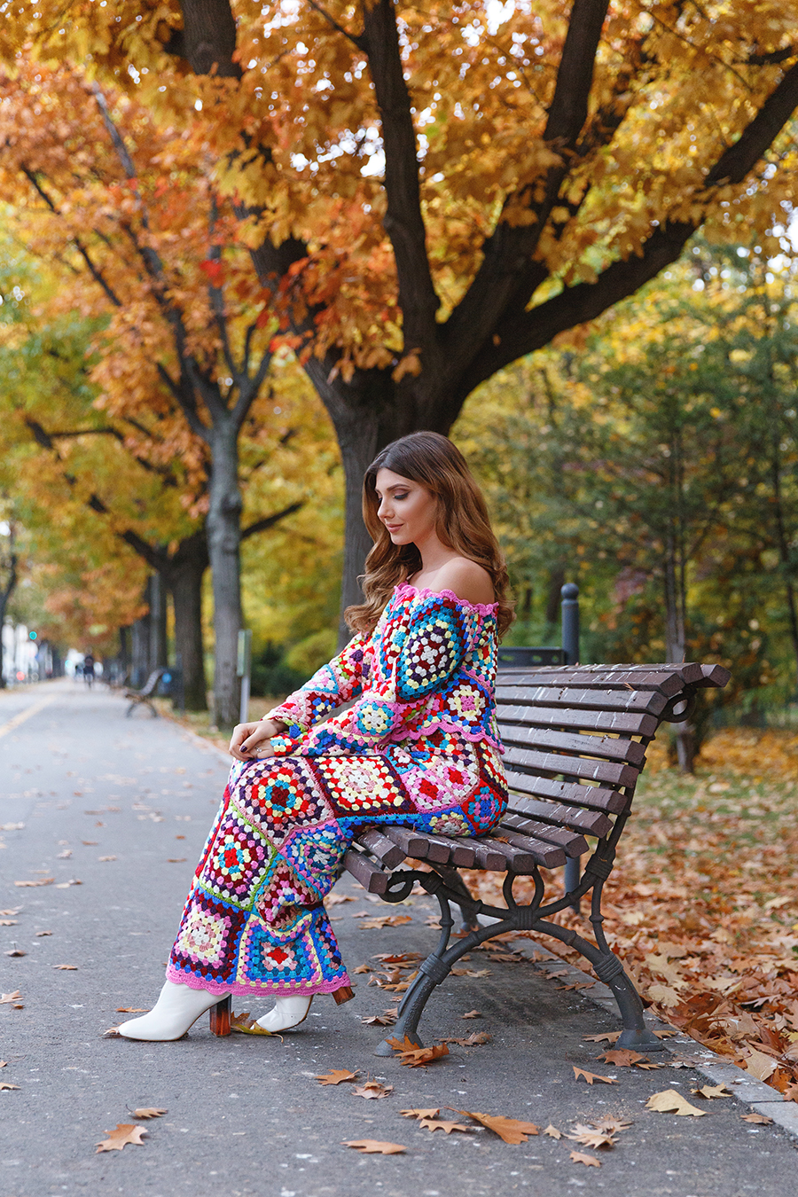 larisa costea, larisa costea blog, the mysterious girl, the mysterious girl blog, fashion blog, blogger, fashion, fashionista, it girl, travel blog, travel, traveler, ootd, lotd, outfit inspiration,look of the day,outfit of the day,what to wear, dressfo, dress fo, dezzal,crochet, crochetdress, crochet set, co-ord, coords, top and skirt,long skirt,off the shoulder top, colourful, colorful, vivid colours, fallleaves, autumn, fall, fall outfit, sea of leaves, gold leaves, leaf, red leaves, yellow leaves, bucharest, fall in bucharest, toamna in bucuresti, hereastrau,kiseleff, frune aramii, aurii, retail theraphy, shopping online, kurt geiger,kurt geiger booties,ankle boots, white ankle boots, transparent heel, strut