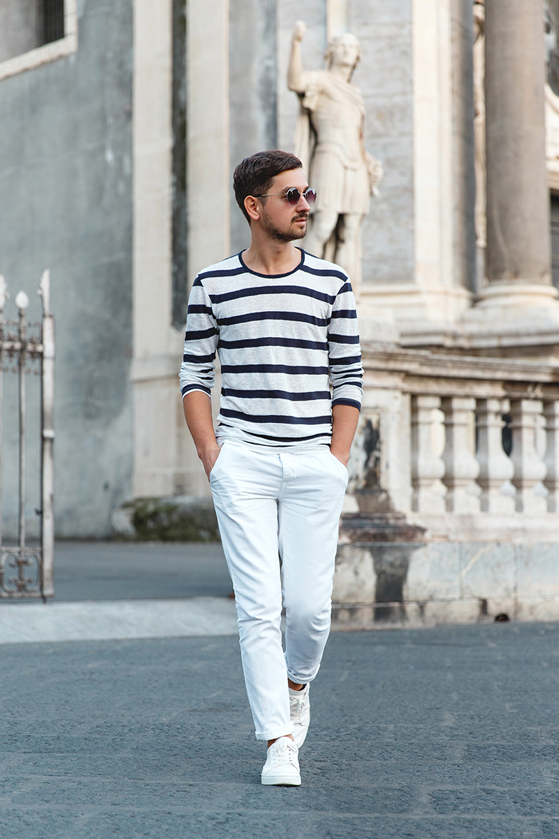 zara, asos, kurtmann, kurtmannro, kurtgeiger, kurt, geiger, sneakers, white, whitesneakers, stripedblouse, striped, whitechinos, whitepants, outfit, menoutfit, roundsunglasses, catania, centro, center, sicily, sicilia, italy, italia, trip, travel, travel blog, travelblogger, romanian, adriansunriseinc, adrian, beautifuldestinations, italiano, citiesoftheworld