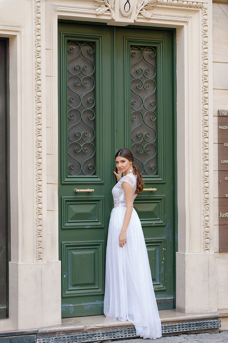 larisa costea, larisa costea blog, the mysterious girl, the mysterious girl blog, fashion blog, blogger, fashion, fashionista, it girl, travel blog, travel, traveler, ootd, lotd, outfit inspiration,look of the day,outfit of the day,what to wear, brida,bridal collection, bride dress, bride, wedding dress,oana nutu, oana nutu bridal collection, fall eddition, nice,nisa,nice france, french riviera, cote d'azur, cote dazur, france, franta. rochie de mireasa, rochii de mireasa, lace, beads, silk, matase, dantela,nunta