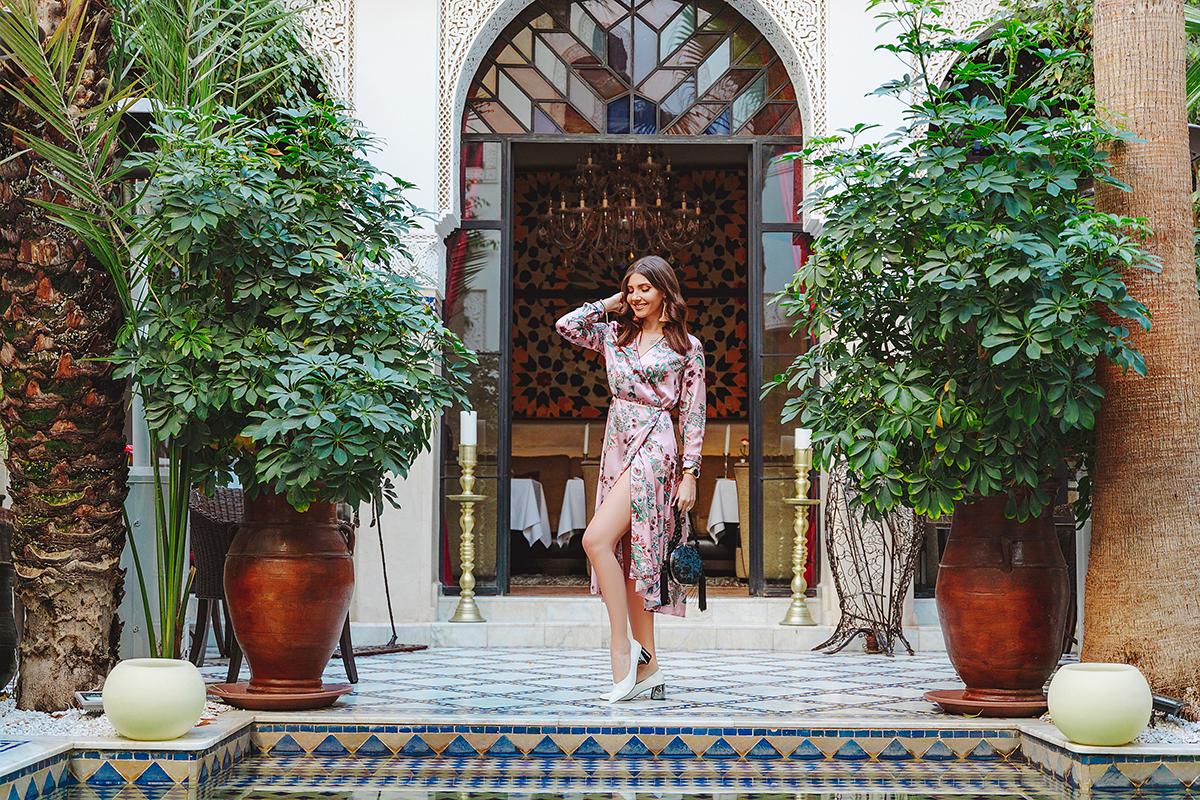 Intalni i fata in Maroc)