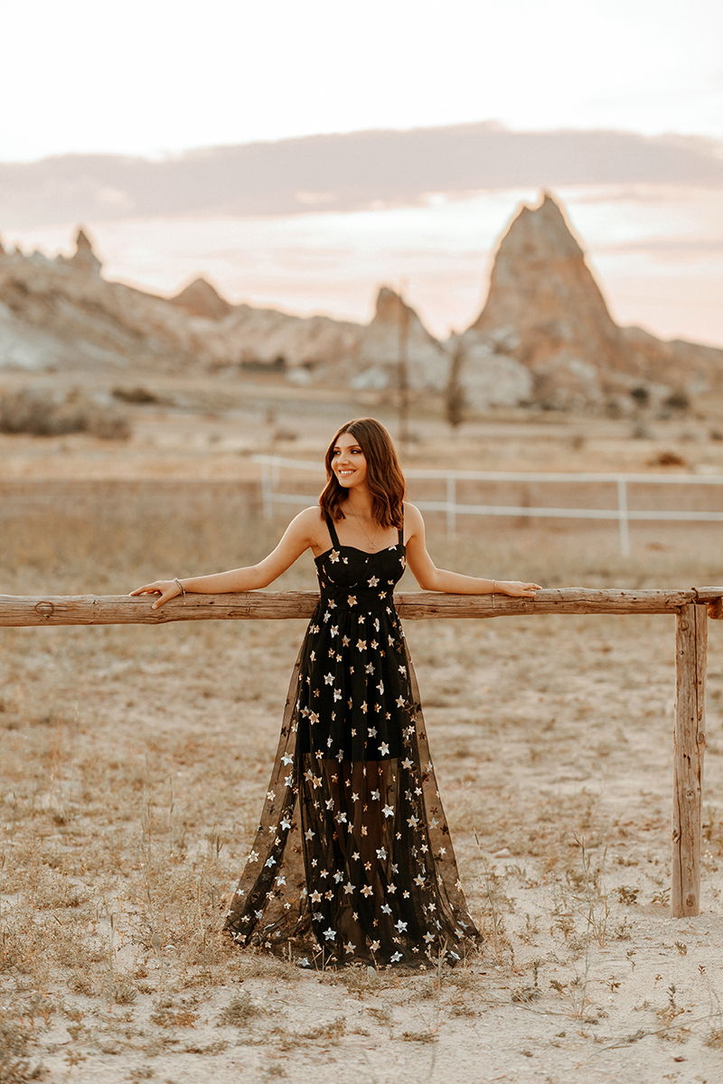 larisa costea, larisa in turkey,turkey, turkish, fashion blogger, travel blogger,traveling, wanderlust, best destinations, best vacations,holiday, 2018,summer, summer holiday,june,birthday present,cappadocia, kappadocia, goreme,kaiseri, carpets,magic carpet, aladin 1001 nights, arabic vides, ever pretty, wedding dress,prom dress, black tulle dress, long dress,sequin dress, start sequins, dior dress, star earrings,swords valley, rose valley,cappadocia, balloons, ballon,hot air balloon, balloon ride, beige sandals, nude sandals, flowy dress,long dress, prom dress, mahmut orhan, save me,video, location, desert vibes, desert