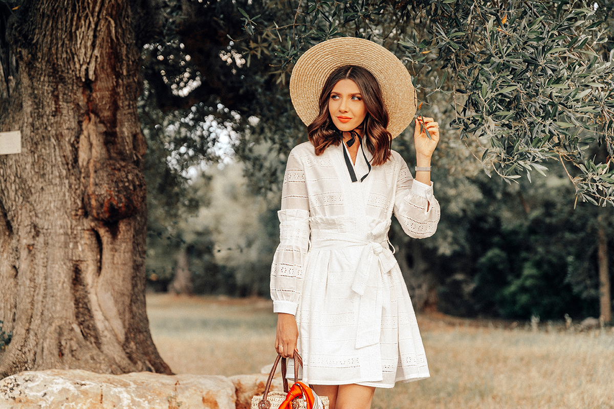larisa costea,larisa style ,larisa in italy, bella italia, visit italy, puglia ,apulia, agroturismo, masseria il frantoio, white dress, summer dress, lined dress,natural fabric, chicwish, straw hat,straw bag, straw slippers,handmade, olive trees,olive tree farm, citrus, farm, garden, pool, oldest olive tree, holiday,perfect time,estate, summer,summer holiday, best destintation,best hotels, nature, harmony,delicious dinner,italian food, aperol spritz