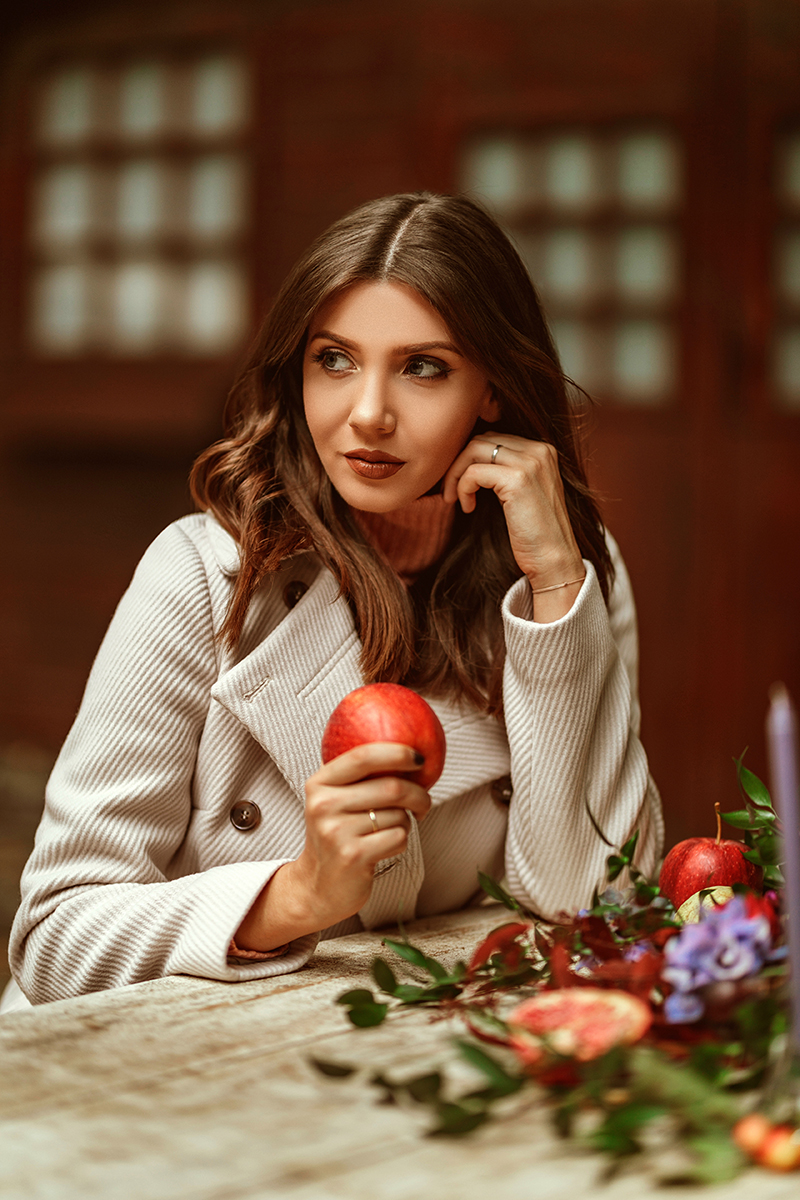 stefanel, stefanel aw 18, stefanel aw 1, aw 19, aw 18, fall winter collection,autumn,octorber, falloutfit, autumn outfit, fall leaves, pumpink, autumn flowers,blossom floral design,larisa costea,larisa costea style, larisa style, larisa fall outfit, forest, woods, cabin, lodge, fall picnic,autumn picnic, stefanel style, italian style, inspiration outfit, navy dress, white fluffy sweater, salmon sweater,pink sweater,burgundy pants,knit pants, wine lips, wine pants, burgundy pants,beige coat, crea, coat, brown lips, chocolate lips,