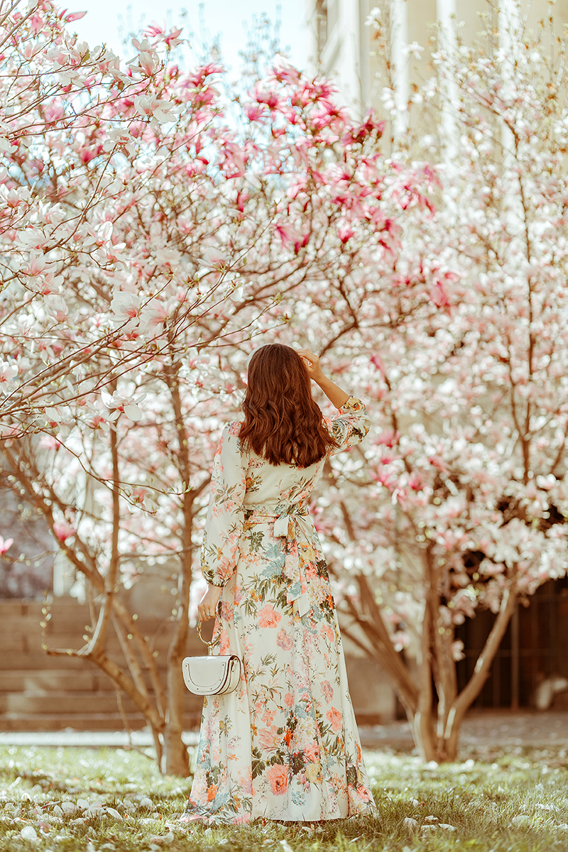larisa costea, larisa costea blog, larisa costea style, magnolias, magnolii, magnolii din bcuuresti, magnolie drept, facultatea de drept, rochi cu print floral, copaci infloriti, blossom trees, sping, april, 2019, sping 2019, magnolia trees, most beautiful magnolias, cele mai frumoase magnolii din bucuresti, flower print dress, chicwish, long dress, rebecca minkiff, shopbop, white boots, booties, ankle boots, white headband, ana dumitru, velvet headband, prada, headband trend, pearls, pearl necklace, girl and flowers