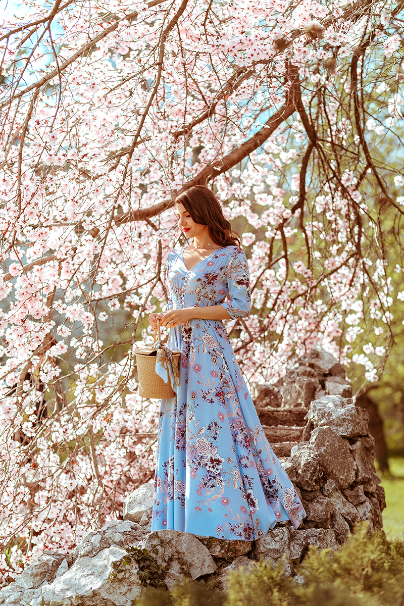 larisa costea,larisa costea blog, romanian blogger,european blogger, style blogger,outfit,sping outfit, sping dress,sping floral dress,baby blue dress,chicwish dress, affordable dress, florals, cherry tree, cherry trees,blossoms,cherry blossom, blossom trees, park, nature,sping, sping outfit,outfitinspiration,ootd, lookbook, straw bag,bucket bag,geanta din paie,rochie cu print floral, rochie de primavara, rochie ieftina,rochie accesibila,best price, reward style, cowboy boots, white boots, essica buurman, sensi studio,cos din paie, tinuta de primavara, pink lipstick,flowers, flori,ciresi infloriti,gradina japoneza, parc herastrau,bucuresti,bucharest, blue scarf, spring activities, inspiratie tinuta, ce purtam primavara,chicwish dress, chicwish