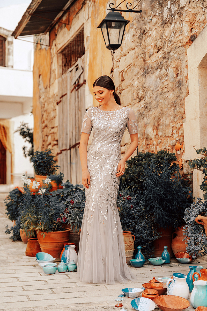 larisa costea,larisa style,larisa in greece, larisa costea blog, fashion blog, romanian blogger,blogger roman, style blog,personal style, lyfestyle blog, travel blog, travel, ever pretty, ever pretty dress,wedding gues, sequins, greylong dress, mermaid dress, tulle dress, ball dress,prom dress, margarites, certe, creta,monastery, pottery,tradintional,pottery shops,churches, old church,