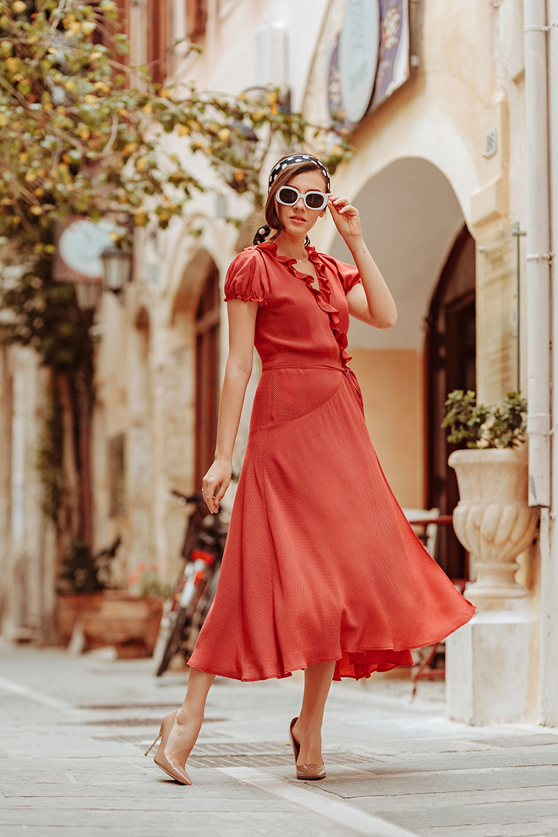 larisa costea,larisa style, larisa in greece,larisa costea blog, fashion blog, travel blog, traveler, crete, creta, rethymno, rethymnon, veneto, veneto restaurant, veneto boutique hotel, veneto gift shop, designers boutique, souvenirs, greece, visit greece, greek island, hotel review, restaurant, interior design, italian style, venetian style, la maison de confiance, pola dots, polka dits dress, special dress, italian style dress, retro inspiration,outfit inspiration, ootd, style, fashion, fashun, spring look, summer look, italian summer, greek style, olive tree, decoration, deco, greek shirt, retro sunnies, old movie scene, nude pumps, nude stilettos, kurt geiger, dots scarf, white sunnies, sunglasses, dolce vita, bella, italiana, sicilian style, rochii, rochie, rochie rosie, red dress, day dress, rochie casual