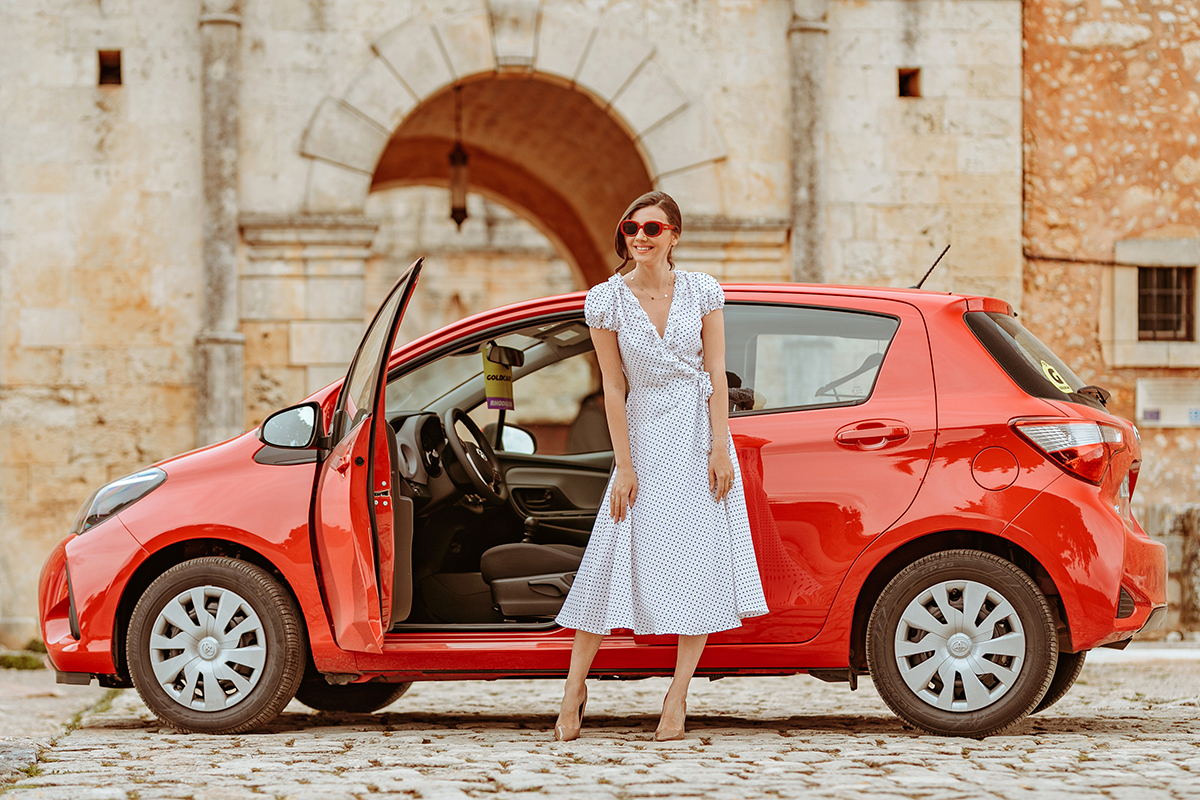 larisa costea, larisa costea blog,larisa style, larisa in greece, greece, crete, creta, arkadi,monastery, goldcar, car rental, inchirieri masini, bestcardeals, rentals,road trip, roadtrip, toyota yaris, red car, trip, travel, travelblog, fashion blog,lifestyle, polka dots,dress, polkadot dress, la maison de confiance, rochie cu buline, rochie de zi, rochie retro, retro sunnies, epica, tezyo, kurt geiger stilettos, beige heels, old church,chania airport, chania rental cars