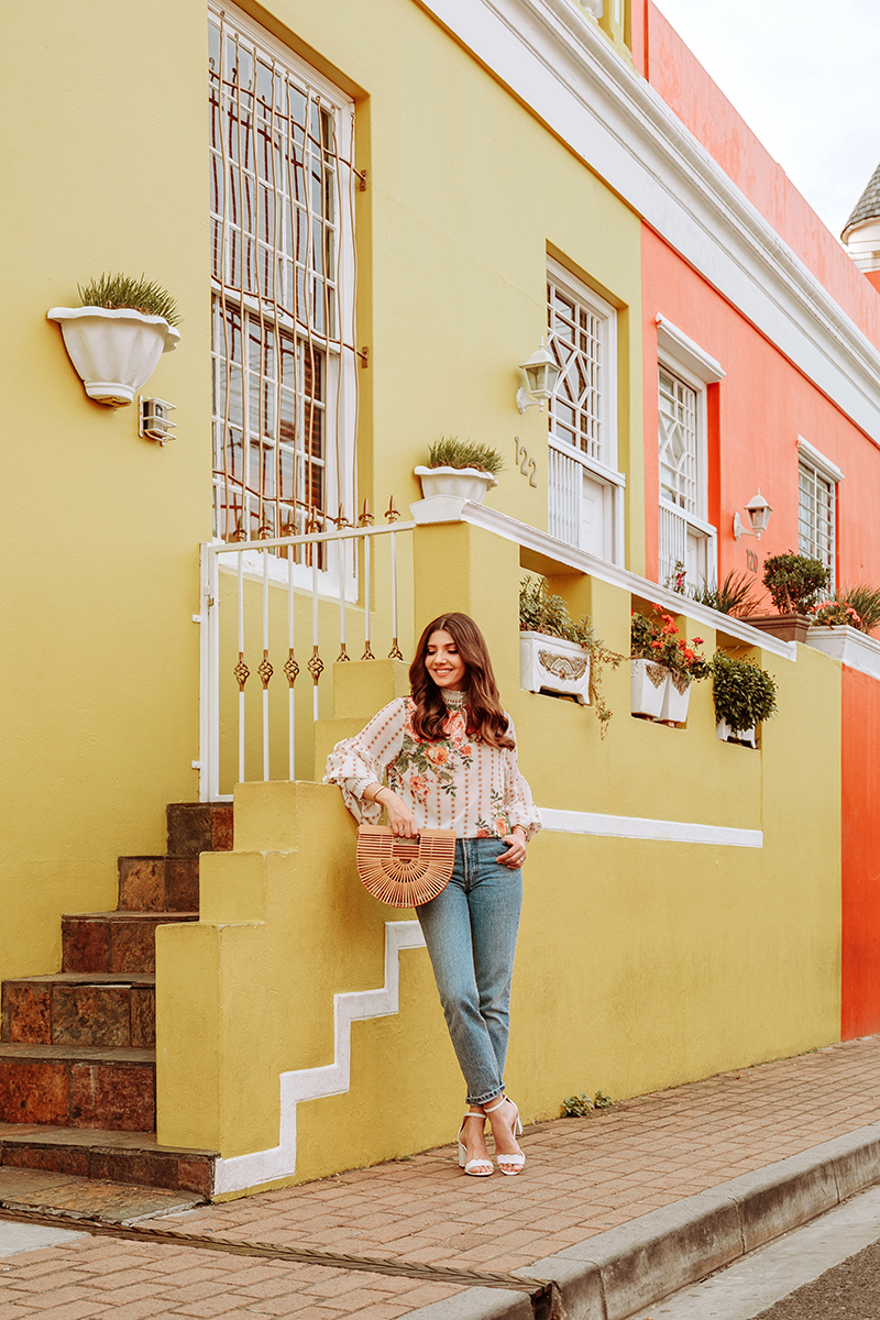 larisa costea,larisa costea blog, fashion blog, travel blog, traveler, cape town, bo-kaap, neighbourhood, colourful buildings, rainbow buildings, vintage car, chicwish floral top,floralprint, chic top, vintage jeans, chic look,outfit, cult gaia, bamboo bag, white sandals, sam edelman, best vacation, best destination, south africa