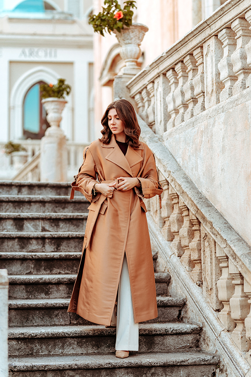 larisa costea, larisa style, stefanel, stefanel romania, stefanel italia, stefanel official, stefanel about town, stefanel in taormina, sicily, taormina, sicilia, italian style, elegant look, comfortable outfit, ootds, fall outfit, fall look, autumn outfit, outfit inspiration, comfortbale chic, everyday wear, beige trench coat, burgundy t-shirt, off white pants, wide leg pants, knit pants, print pants, navy poncho, white shirt, loafers, stilettos, larisa style, larisa in italy, italy