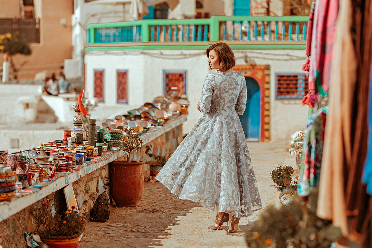 larisa costea, larisa style, larisa costea blog, larisa in morocco, morocco, agadir, taghazout, taghazout bay, taghazout blue door, taghazout beach, hand painted plates, hand painted glasses, morocca, dainty jewells, dainty, dainty jewells dress, blue grey dress, special dress, asymmetrical dress, blue dress, lace dress, midi dress, rochie speciala, rochie dantela, rochie albastra, bleu, deep blue, special shooting, photo shooting, what to wear, ootd, outfit inspiration, sping outfit, summer look, spring dress