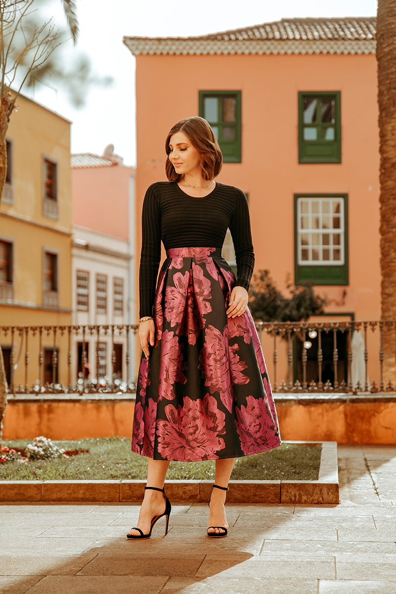 larisa costea, larisa costea blog, larisa style, ootd, ootn, valentine's day, vday outfit, outfit inspiration, chicwish, chicwish midi skirt, a line skirt, jacquard violet skirt, purple skirt, black and purple, black sweater, chicwish sweater, chicwish total look, date night look, feminine outfit, anna cori sandals, black sandals, la laguna, tenerife, travel blog, travele, best destination, best location, flowers, flower tree, san cristobal de la laguna, tenerife 2020, holiday, vacation, tourist, palm trees, colourful buildings
