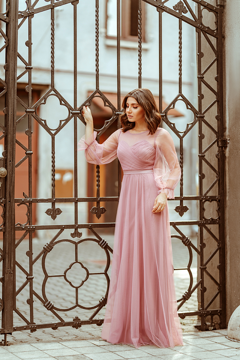 larisa costea, larisa costea blog, wedding guest, long dress, prom dress, ball dress, tulle pink dress, ever pretty, special ocazion dresses, pink dress, city center, event phtoshooting, bridesmaid dress, rochie lunga, rochie de ocazie, rochie tulle roz