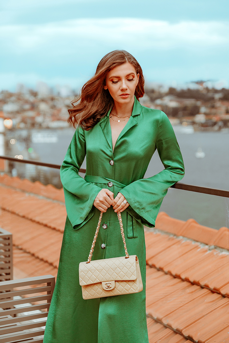 larisa costea, larisa style, larisa costea blog, fashion blog, travel blog, influencer, content creator, romania, portugalia, portugal, porto, neya hotels, neya porto, best hotels, best destination, best vacation, trip 2020, terrace, rooftop, duero river, staud, green dress, dinner in porto, traveler, shopbop, chanel bag, beige chanel, nude chanel bag, vintage chanel, gold sandals, what goes around comes around, hotel in porto, old building, church, best view, vacation 2020, holiday 2020, september 2020